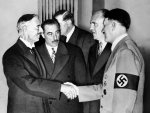 sept-30-1938-adolf-hitler-and-neville-chamberlain