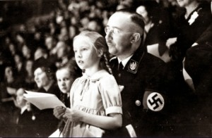 himmler-with-his-daughter-1938-618x404