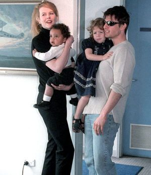 tom-cruise-nicole-kidman-connor-bella-300x348